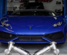 Lamborghini Huracan waiting on Fabspeed exhaust install